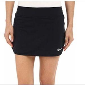 NIKE Dri Fit golf / tennis skirt skort Sz. Medium